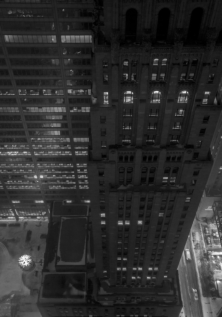 Photo 20131215. A vertigo-inducing view of a Beaux Arts building below (Commerce Court North Tower, Toronto).