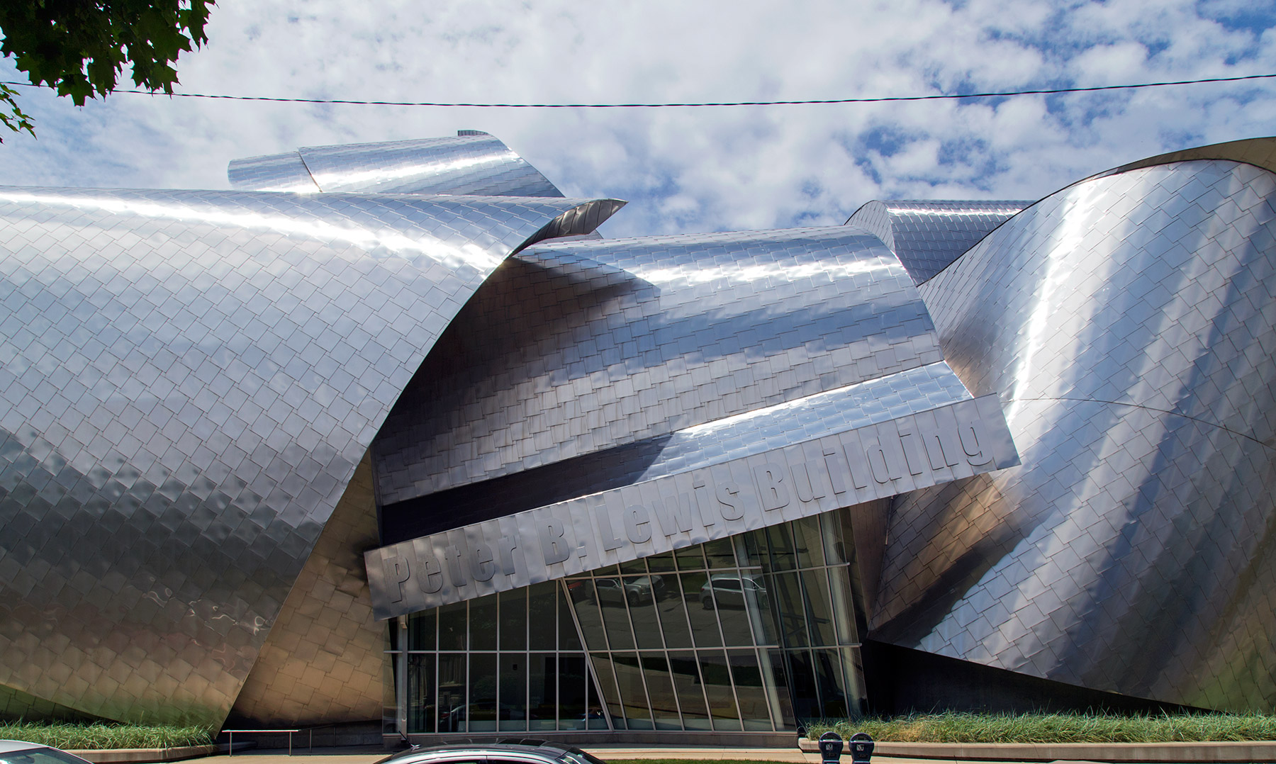 The weird and wonderful Frank Gehry-designed Peter B. Lewis Buil