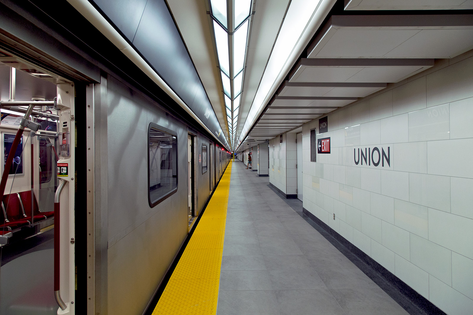 20140818. Finally, the TTC's Union Station (Toronto) has its sec