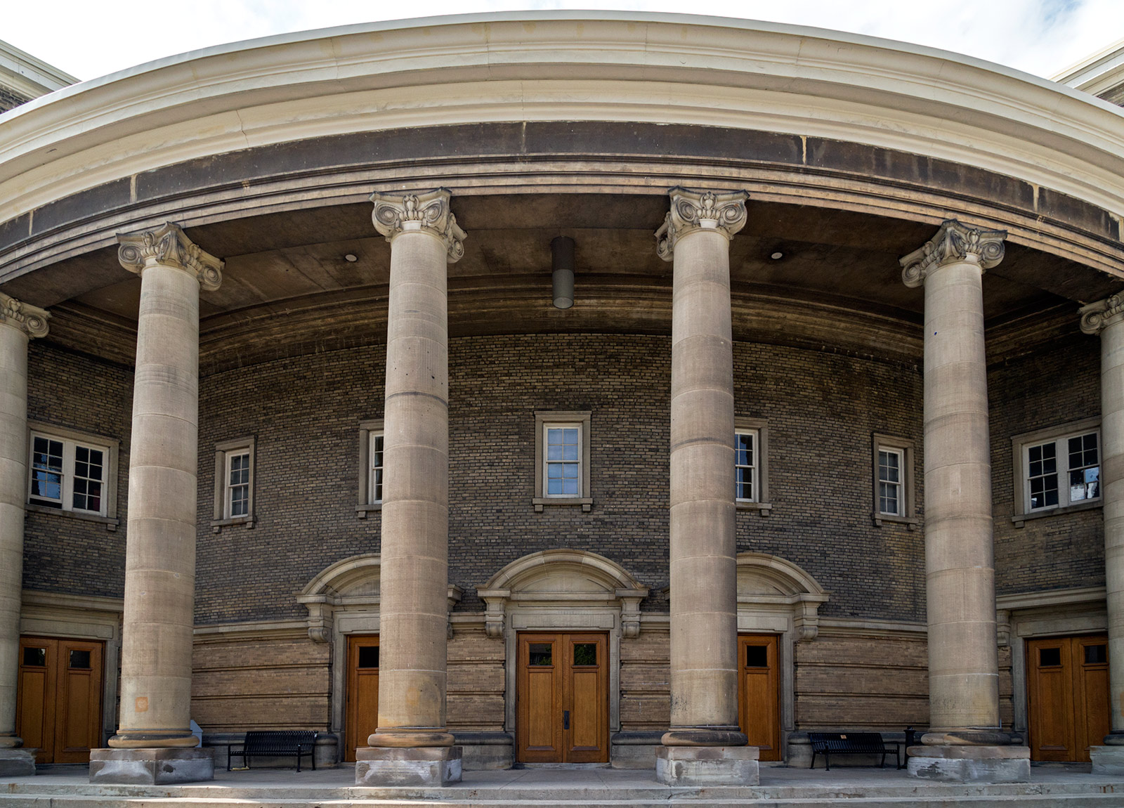 20140827. The massive columns of Convocation Hall (c.1907 ...