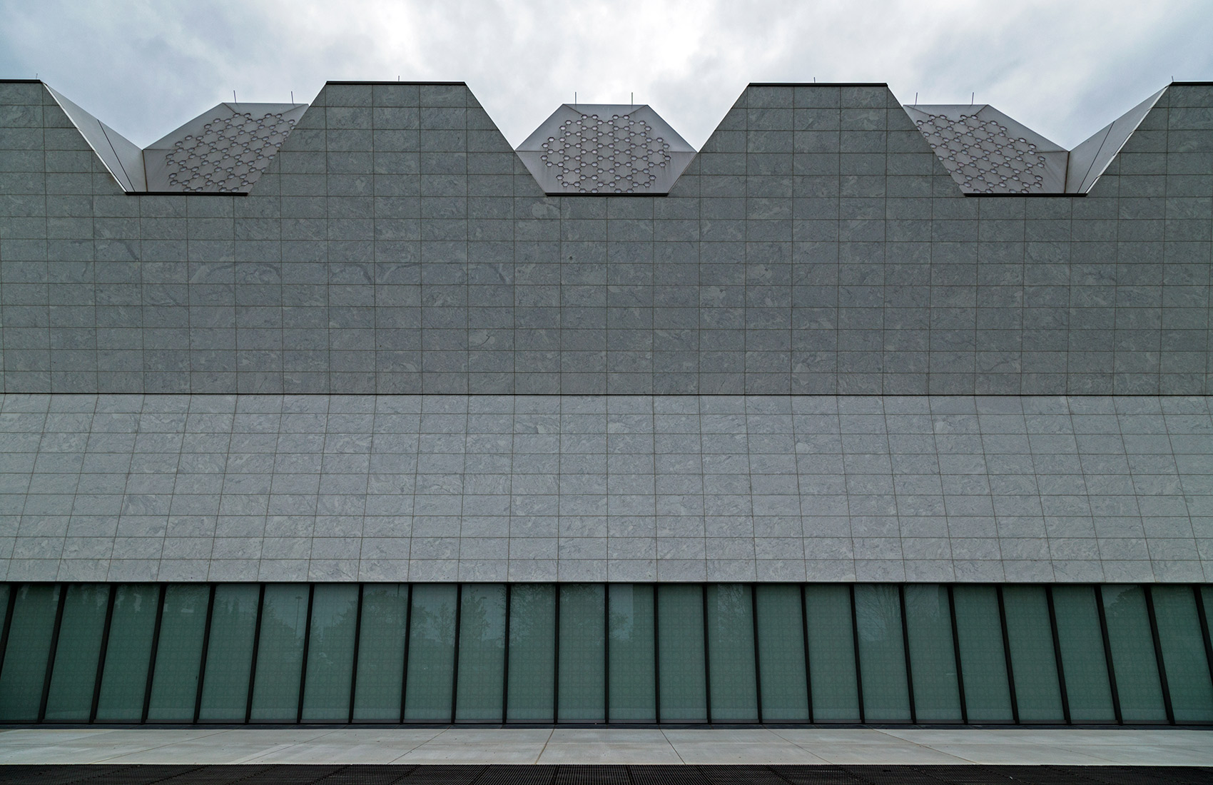 20140916. A section of south elevation of Toronto's Aga Khan Mus