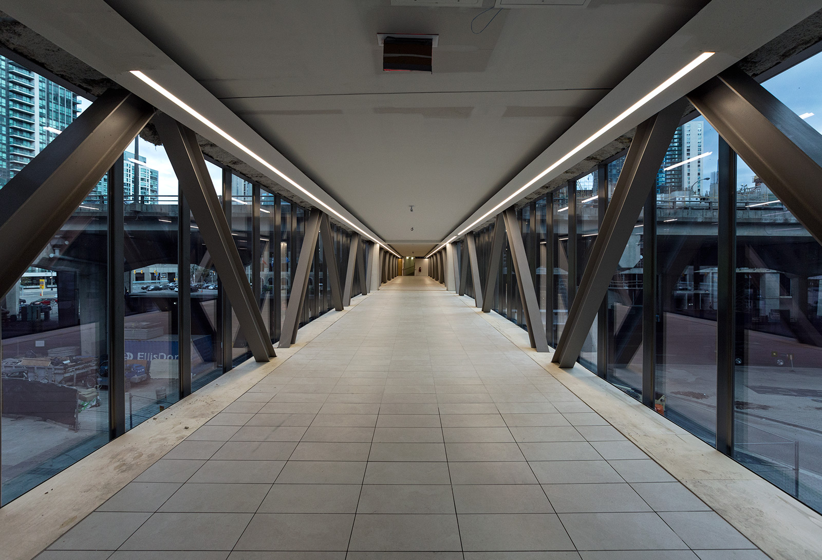 20141005. The Toronto  indoor PATH system now extends south of t