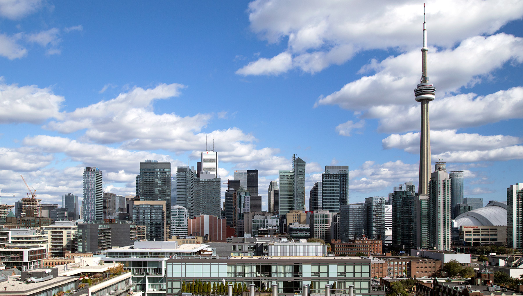 20141116. The Toronto west-facing skyline - still dominated by t