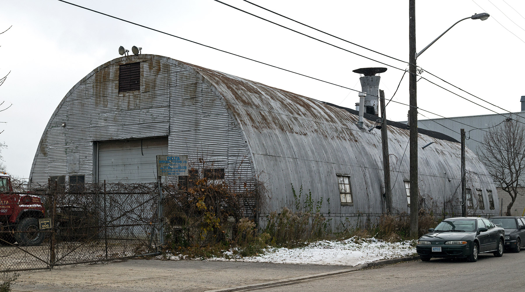 20141121. A 1940s 40'x100' Quonset Hut on Canvarco Rd in the