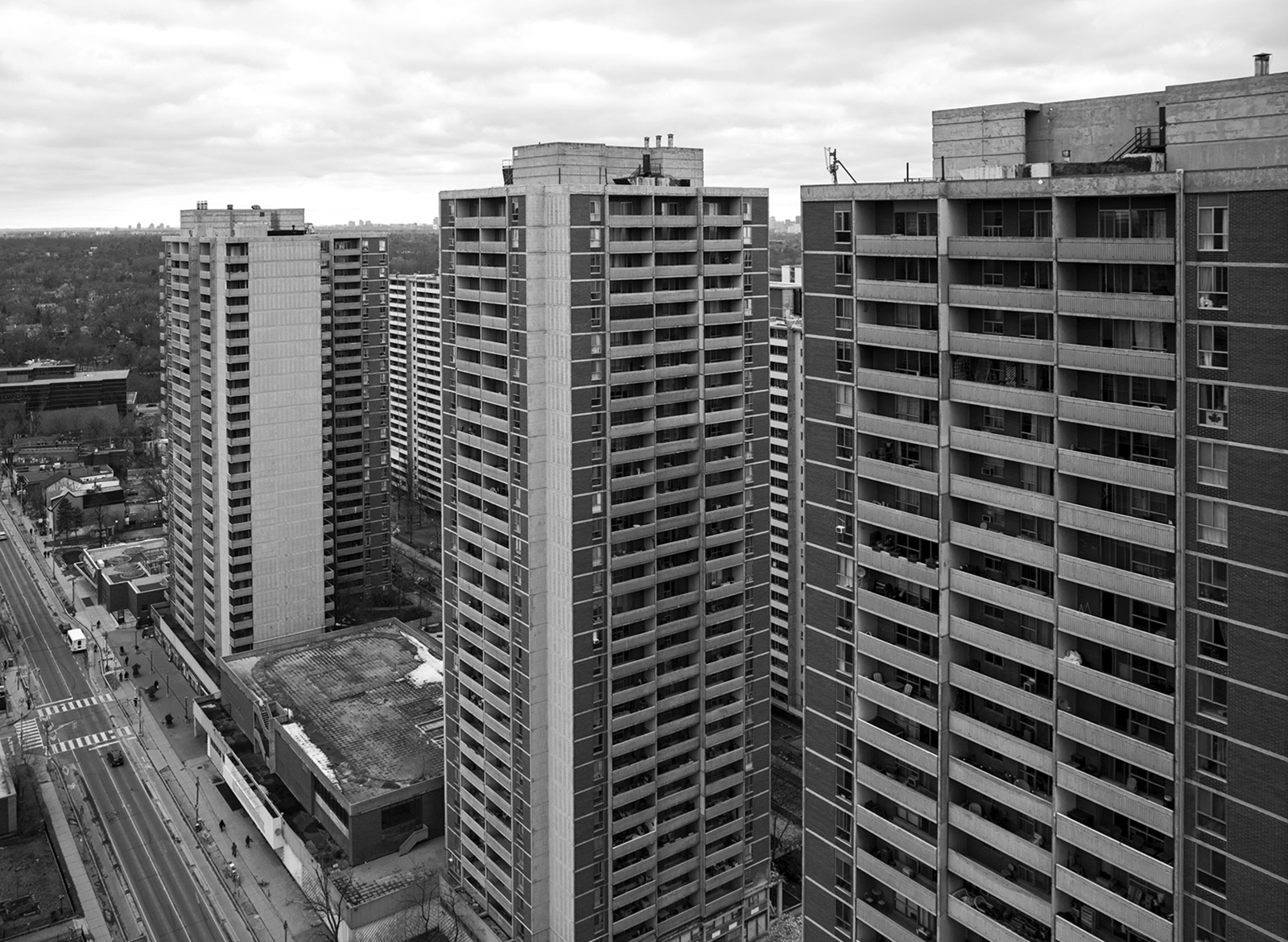 20141201. St. James Town towers above Sherbourne Ave in Toronto.