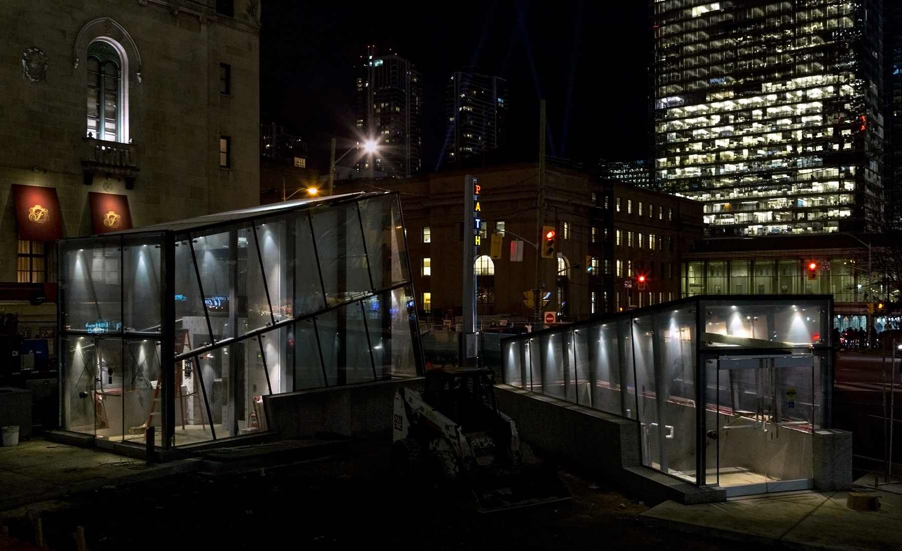 20141205. Toronto's underground PATH system will soon open a N-S