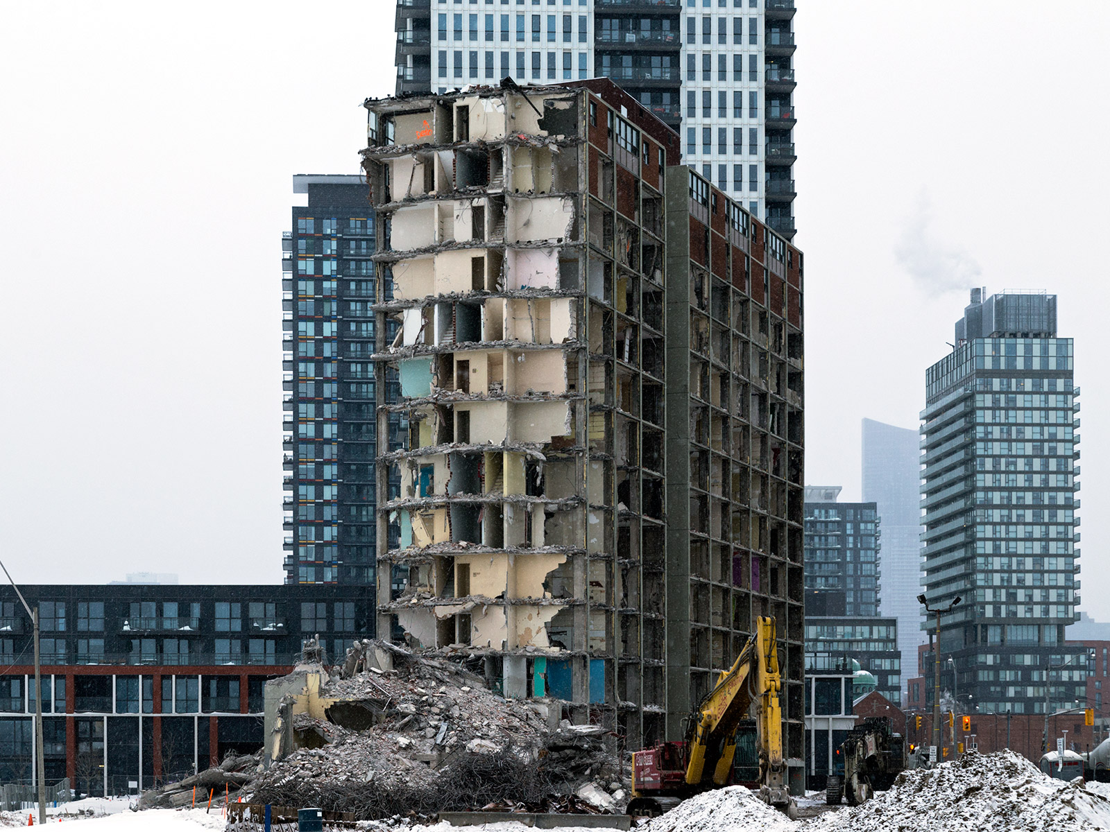 20150208. New and old contrast vividly in Toronto's Regent Park