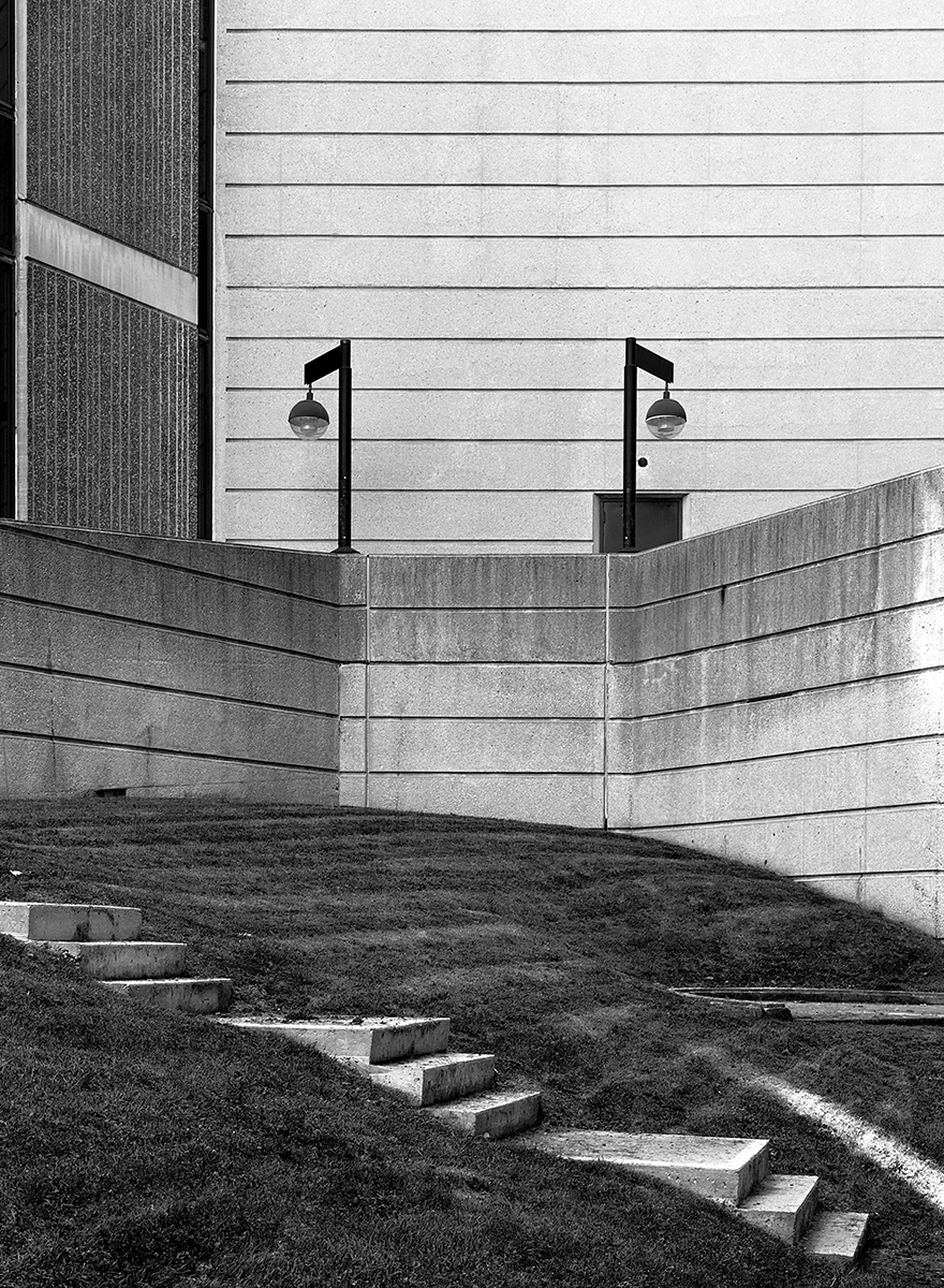 20150408. Lines and steps in the shadow of Brutalism. Minimal Ae