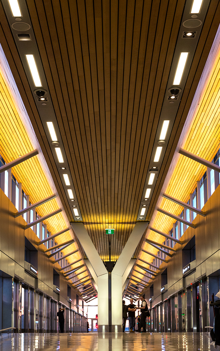 20150613. The welcoming Y and wood finish at Union Pearson Expre