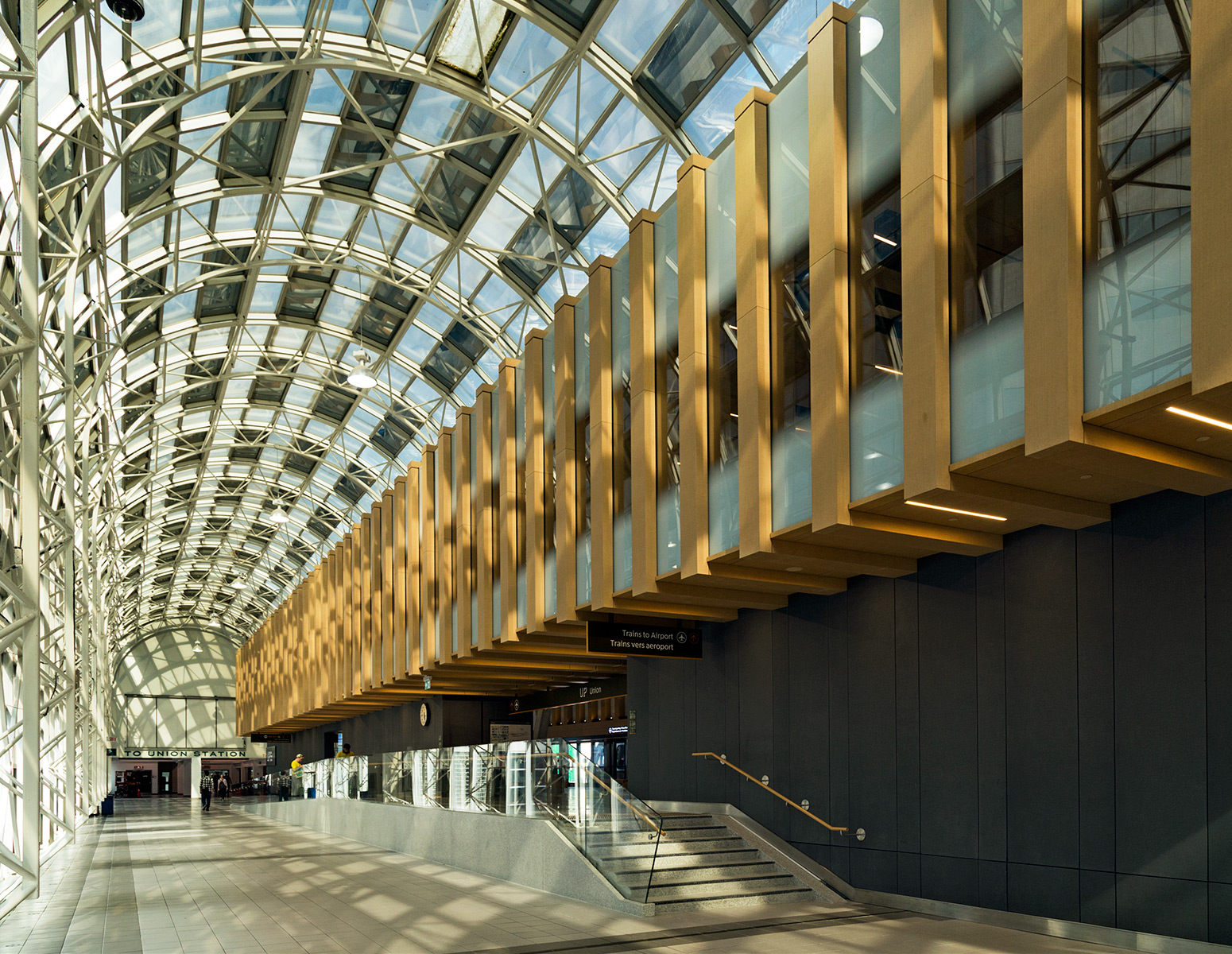 20150616. Toronto's UPExpress downtown terminal integrates well
