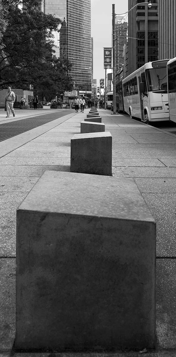 20151002. A walk of blocks at Nathan Phillips Square and Queen.