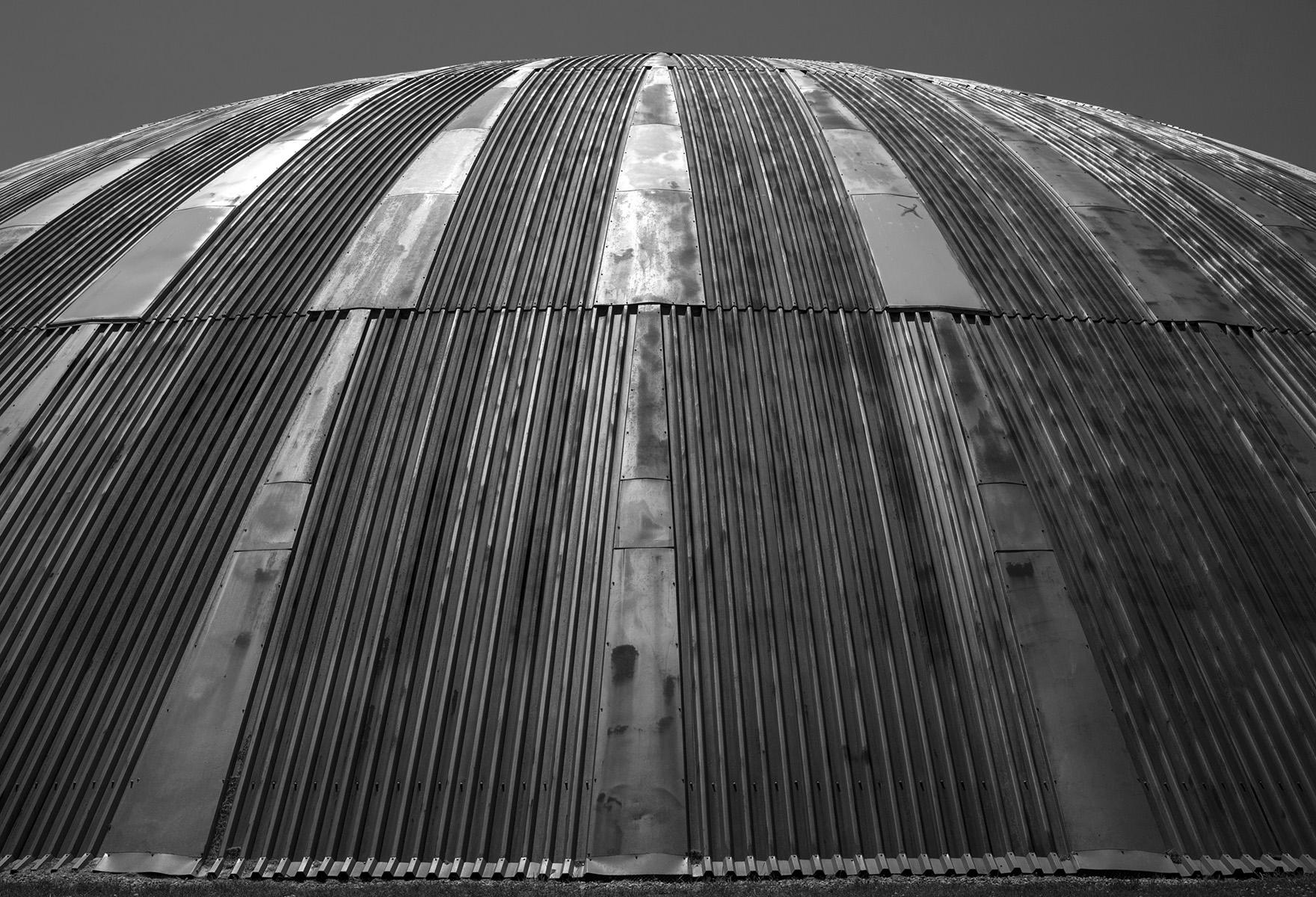 20160107. Toronto's UTIAS monochrome Marsdome.