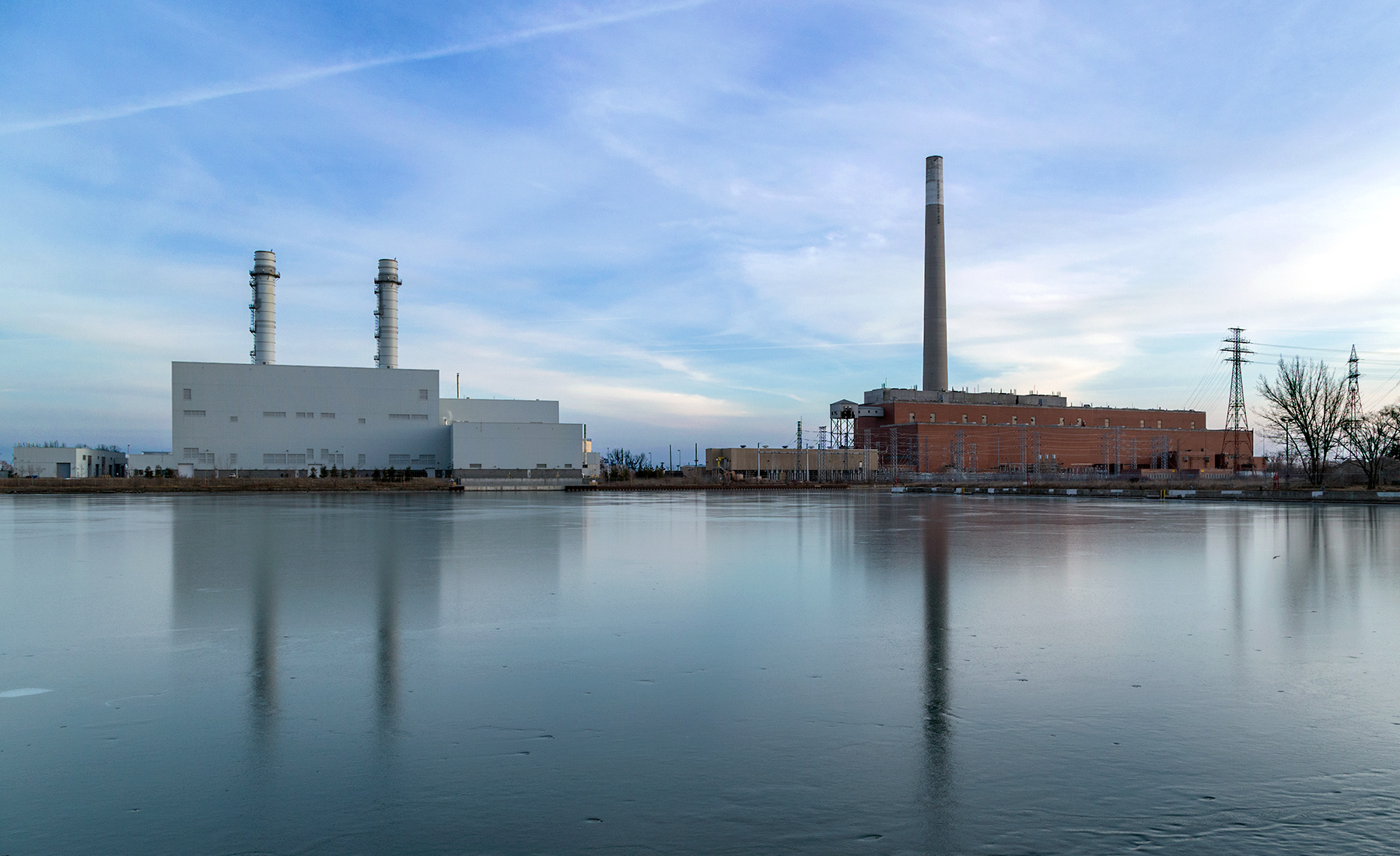 20160226. A reflection of two generations of power plants in the