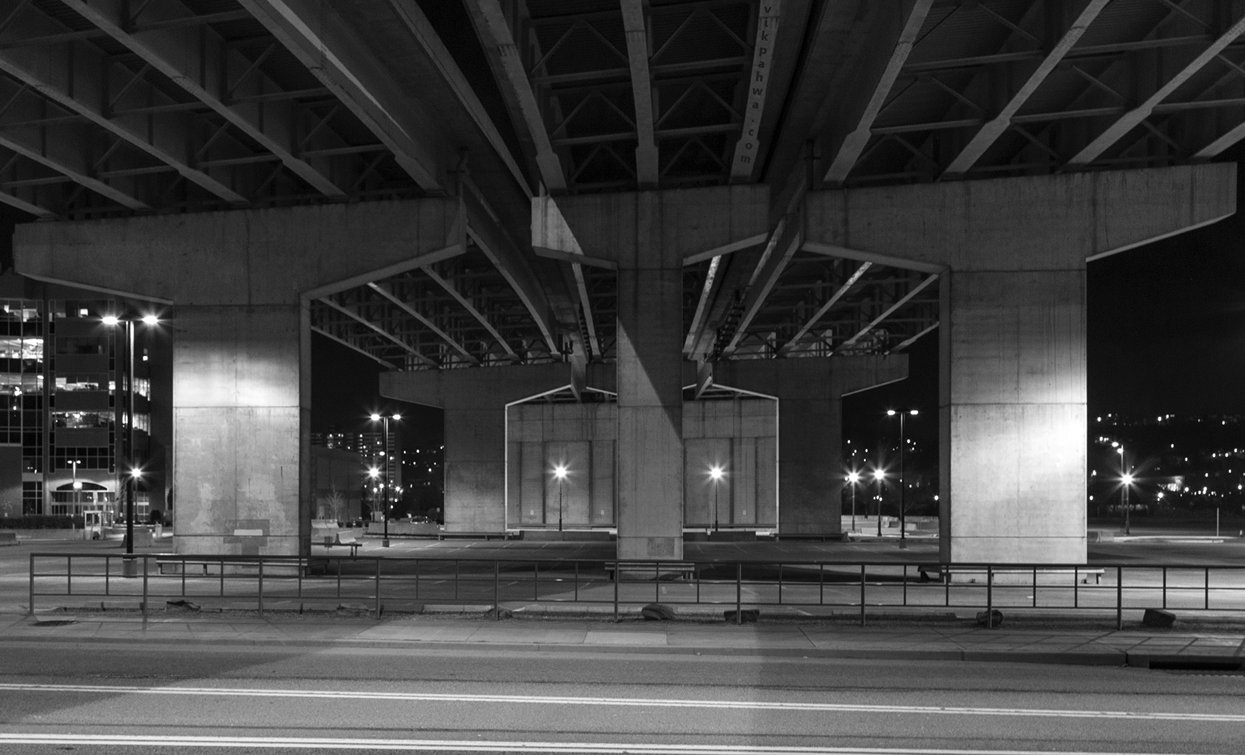 20160412. Under Pittsburgh's Interstate 579, a younger and clean
