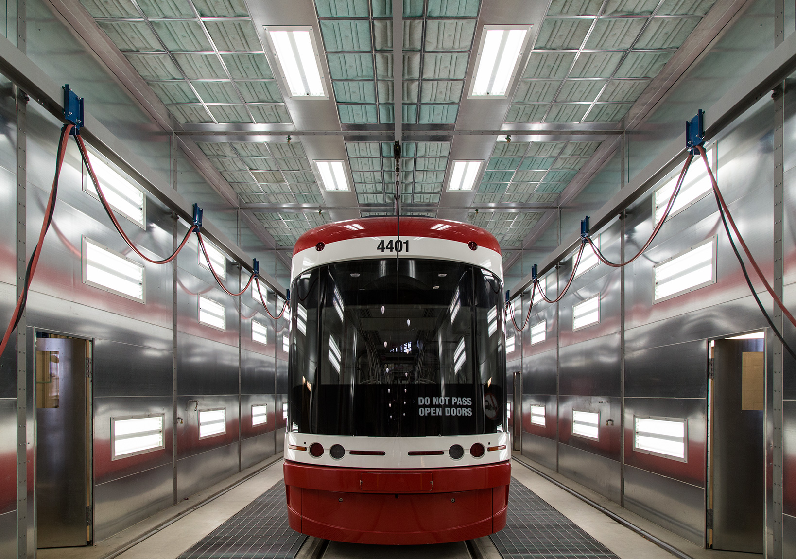20160528. Toronto's first new Flexity LRV (streetcar) 4401 prepa