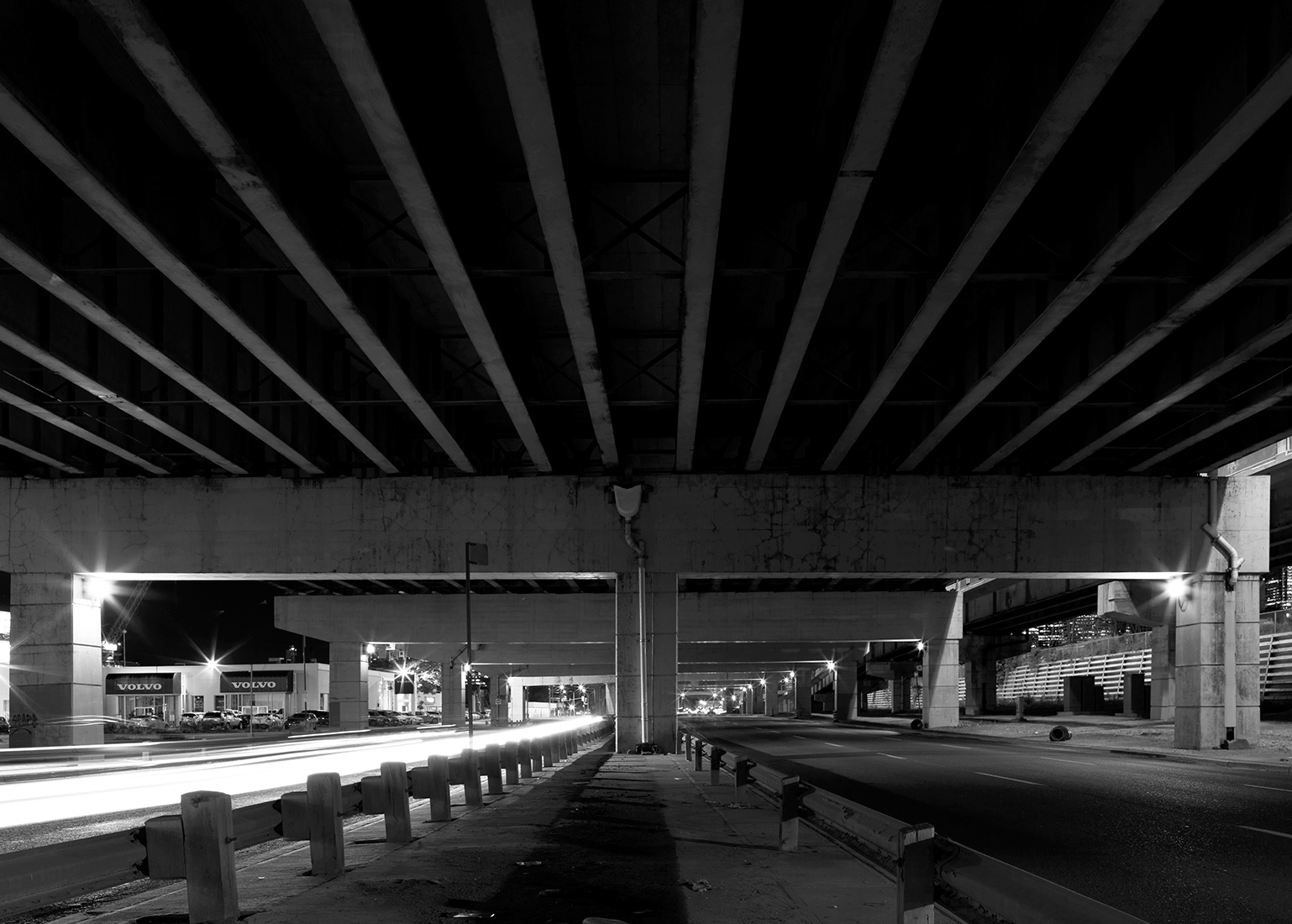 20160909. Night transforms Lake Shore Blvd E into a sub-freeway